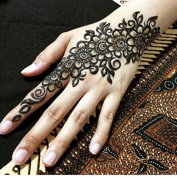 Arabic Simple mehandi designs for hands