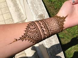 Bangle style henna designs