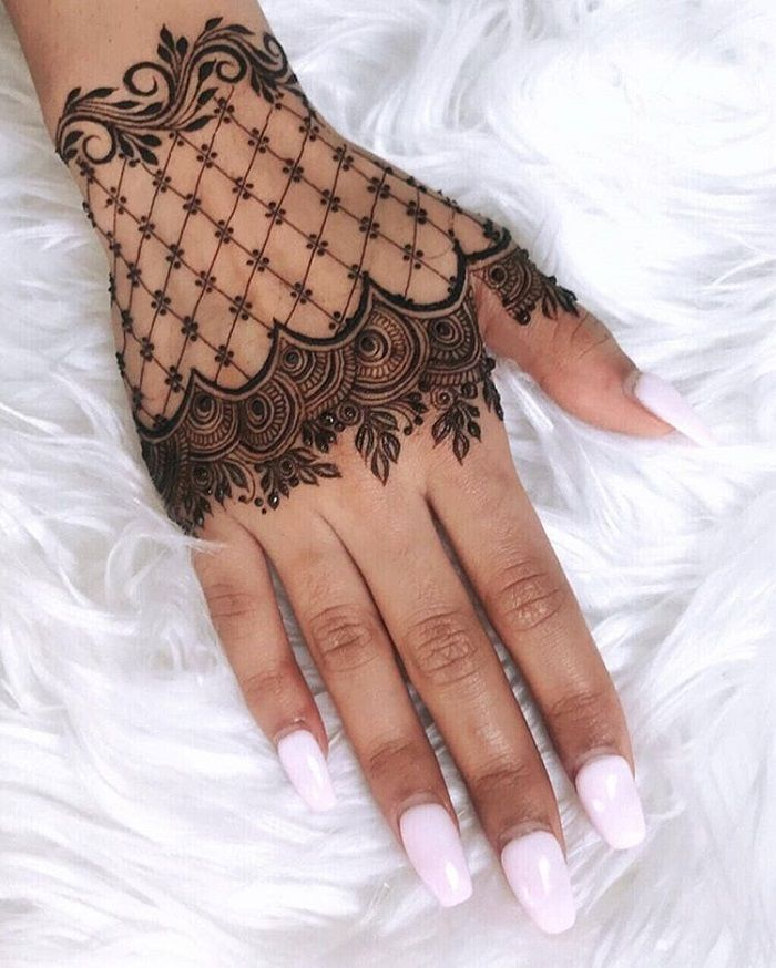 Lacy Gloves