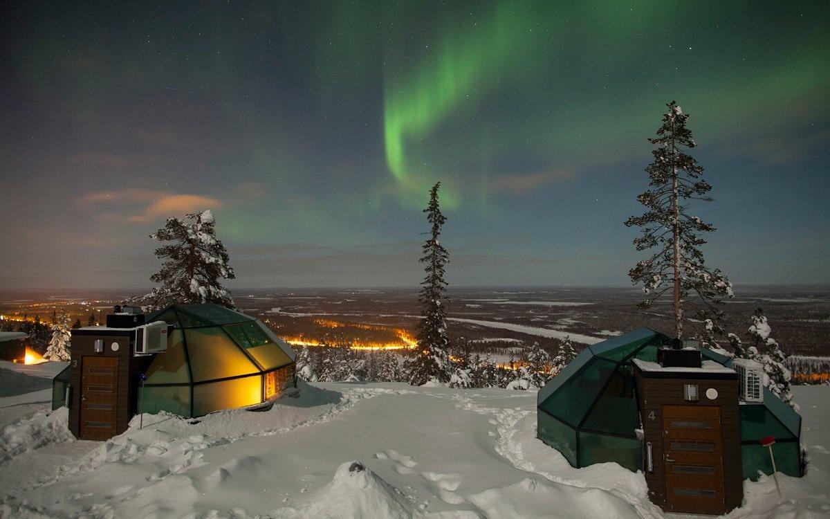 Ultra Romantic Winter Destination: Ice Castle and Wonderlands