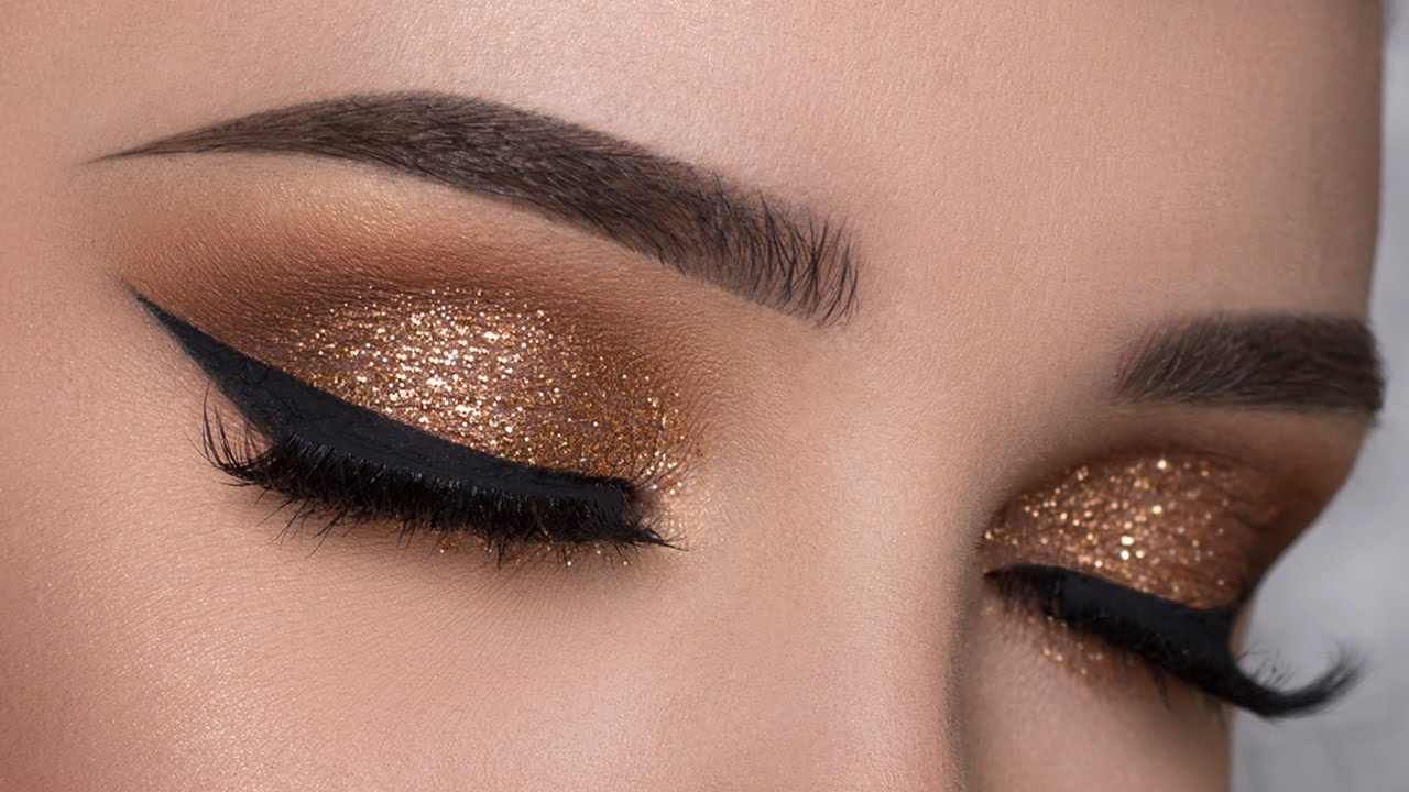 Step by Step How to get a beautiful smokey eye
