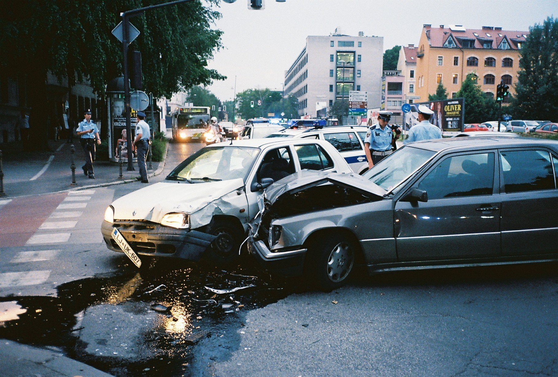 5 Biggest Mistakes People Make When They Get In A Car Accident - Tips Clear Beauty Business Health Tech Travel And General
