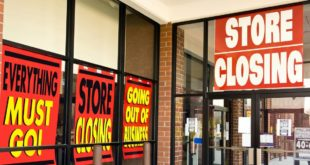 10 Retail Stores in Danger