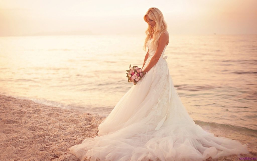 Essential Wedding Planning Beach Wedding