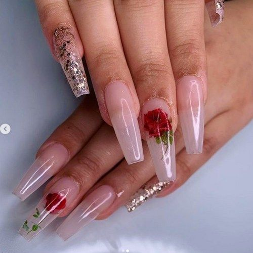 Regular rose shape nail