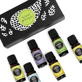 Set with essential oils