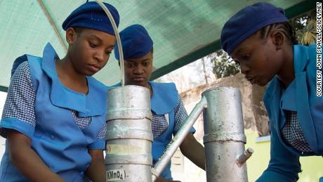 Girls learn science in defiance of Boko Haram