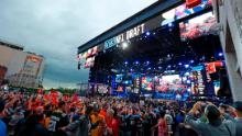 Last year, more than 600,000 fans attended the NFL draft in Nashville, Tennessee, but all public events were canceled this year due to the spread of the coronavirus.