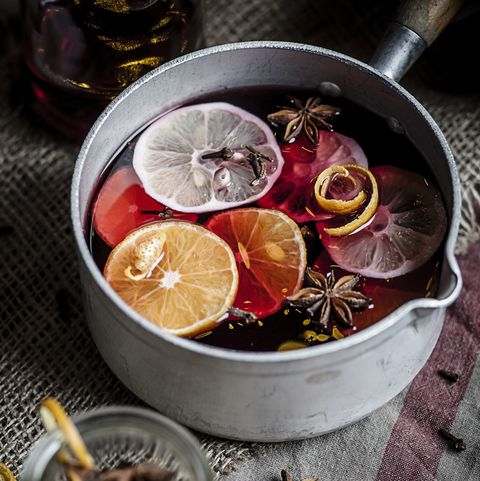 how to make your house smell good - mulled wine