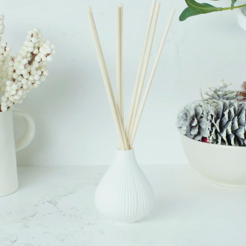 Reed diffuser - essential winter oils