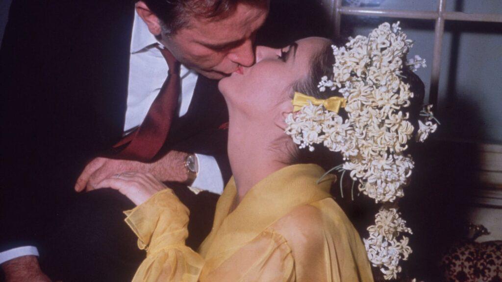 Liz Taylor yellow wedding dress