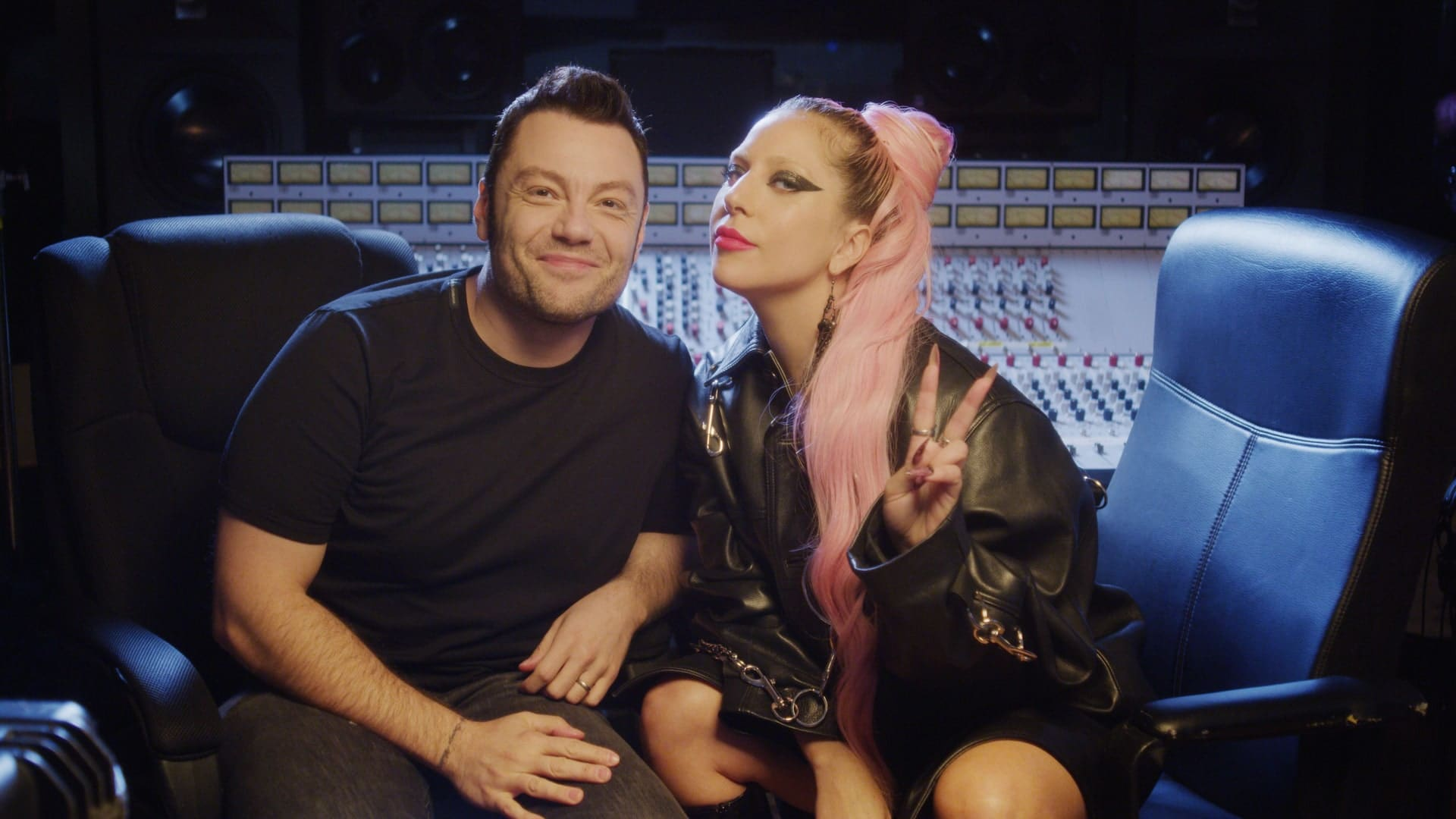 Tiziano Ferro interviews Lady Gaga