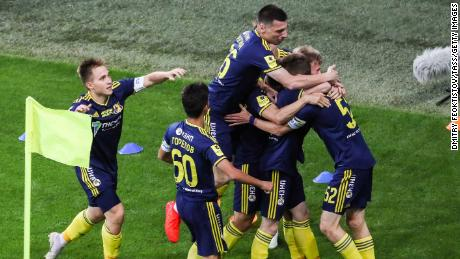 FC Rostov celebrates taking the lead from the first minute of the match.