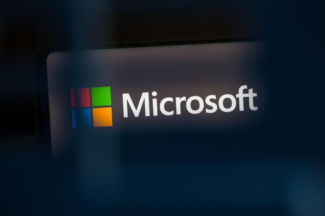 Microsoft's Brad Smith calls for more antitrust scrutiny of app stores