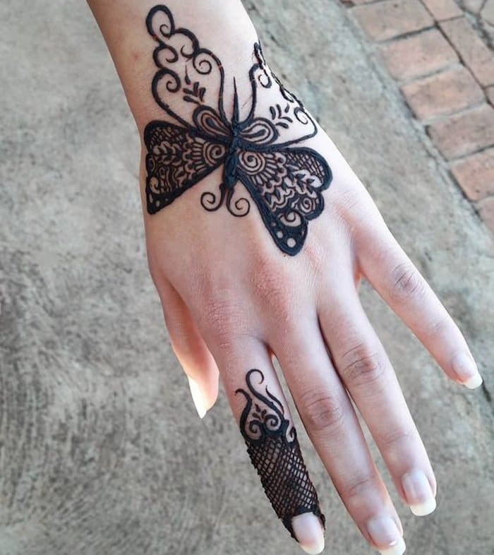 Butterfly tattoo of mehndi