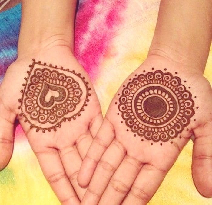 Heart designed mehndi tattoo 2020