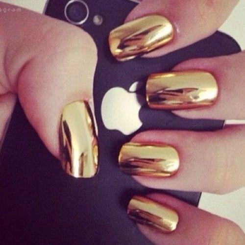 metallic nail paint