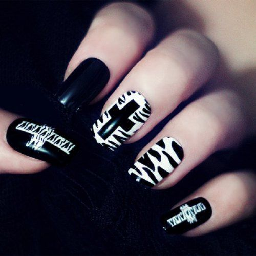 punk nail art