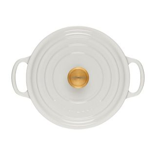Round Dutch oven with gold button