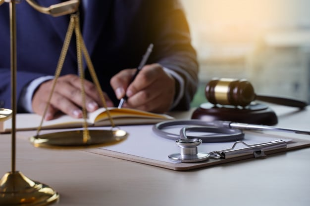 Disadvantages To Hiring a Personal Injury Lawyer: How Can We Help