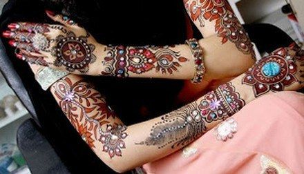 Multi-Color-Mehndi-Designs-New-Picture-Collection-