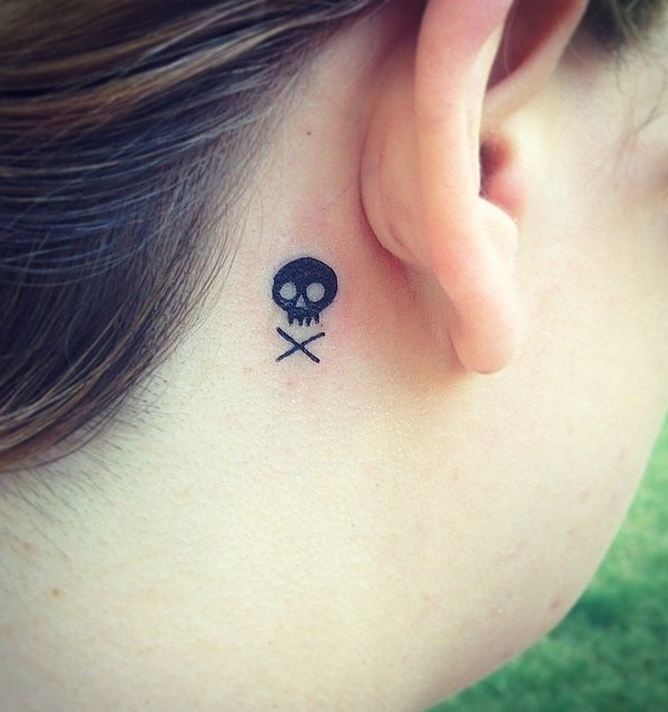 Relevant Small Tattoo Ideas and Designs for Girls0101