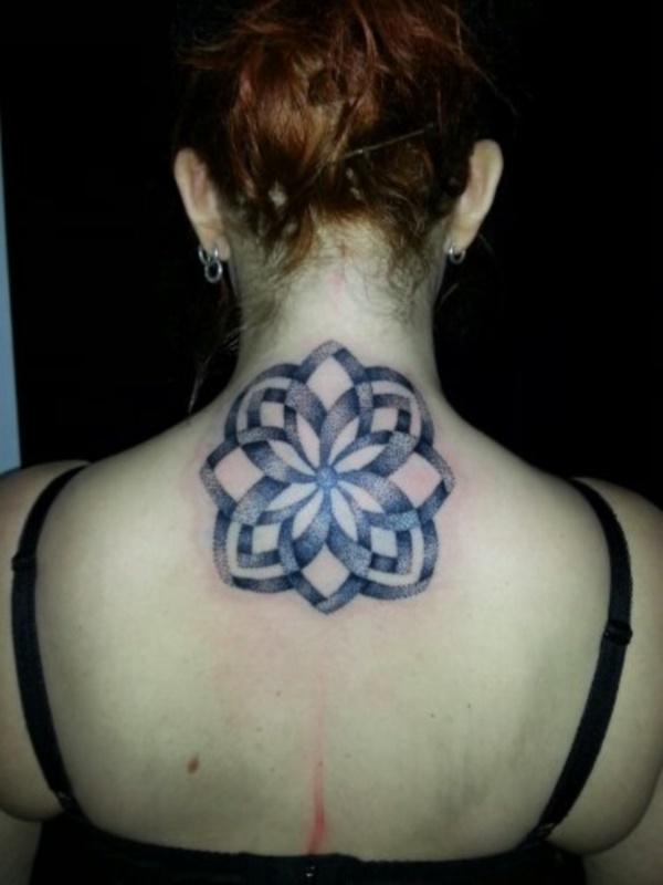 Relevant Small Tattoo Ideas and Designs for Girls0651