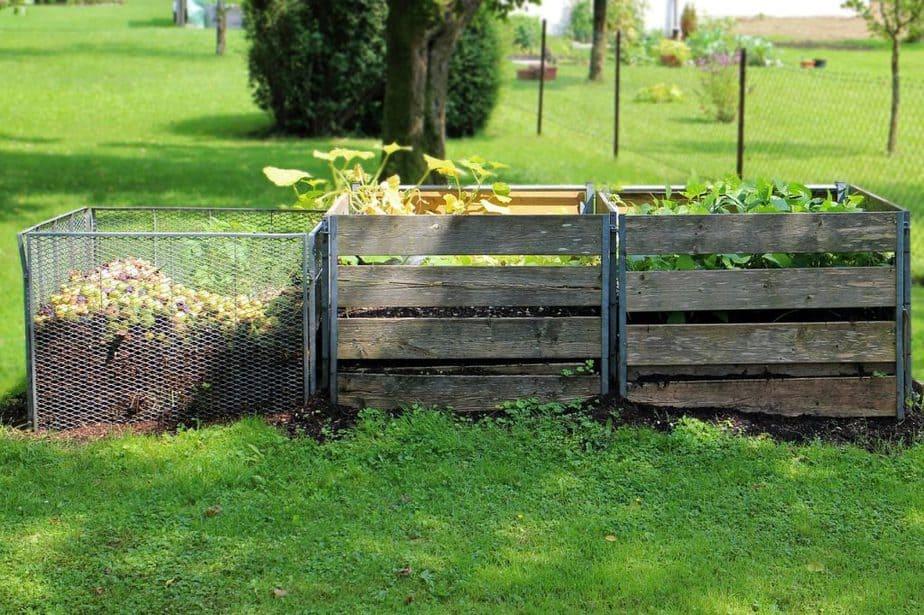 8 Compost Bins