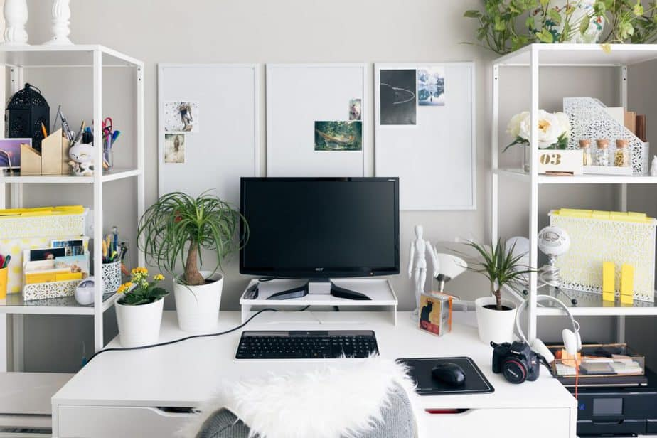 2 Decent work area