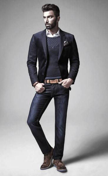 Navy Blazer with Jeans Casual Wear Outfit for Men