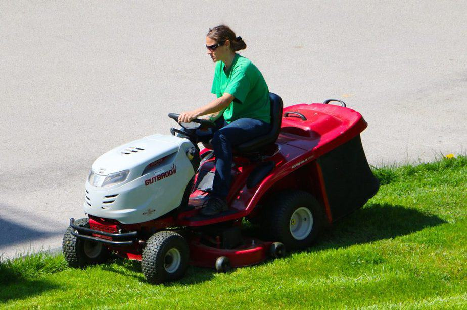 Riding Mower 2 Why Buy