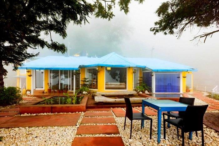Solitary Khat Mussoorie