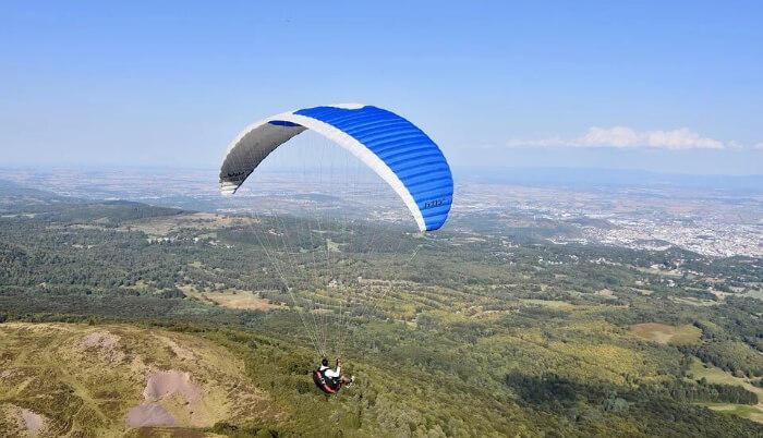 Paragliding in Kullu