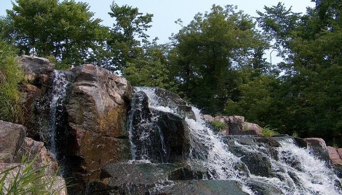 Shimbola Falls