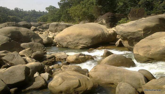 Chikhle Falls