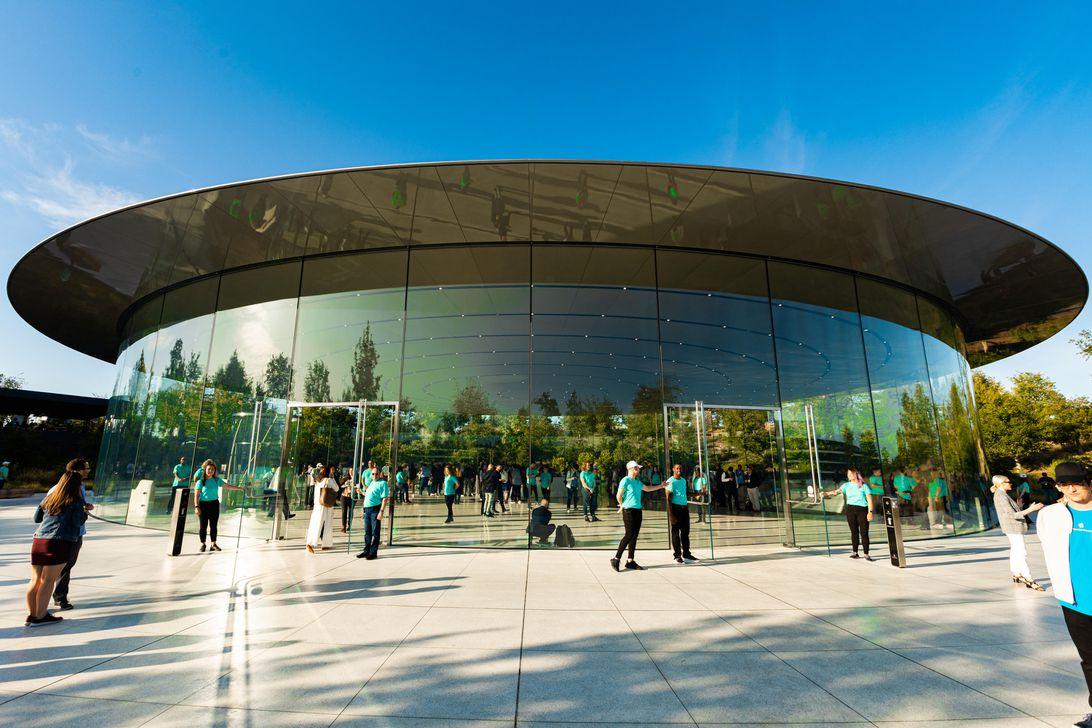 Apple event-091,019-iphone-11-8600