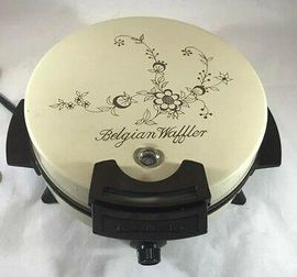 vintage-toastmaster-belgian-waffler-round-floral-nonstick-model