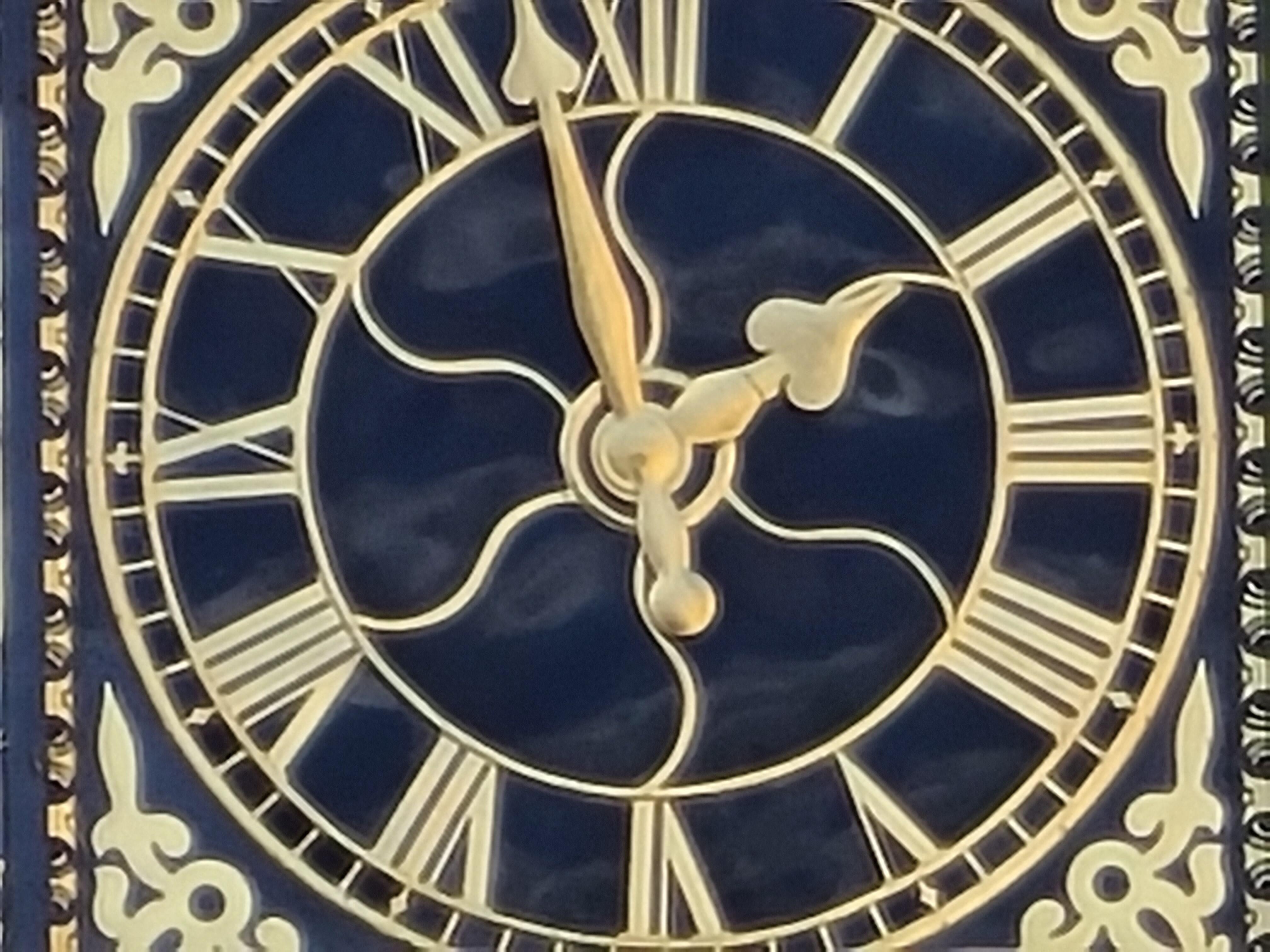 guildford-clock-30x