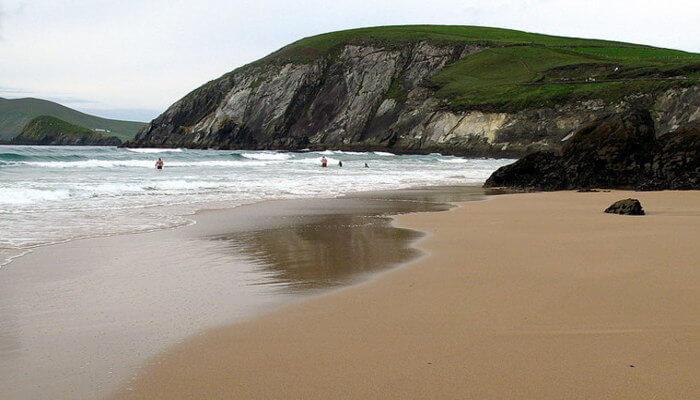 Coumeenole beach
