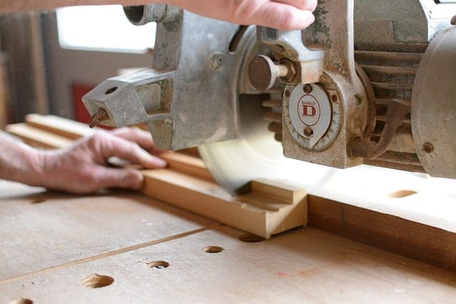 Cutting Trim with a Miter Saw Image 2