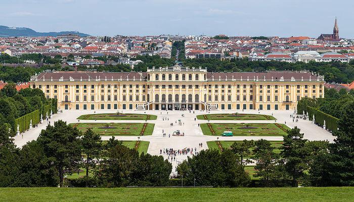 Schonbrunn Palace & Garden