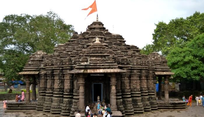Spirituality in Ambernath Shiva Temple