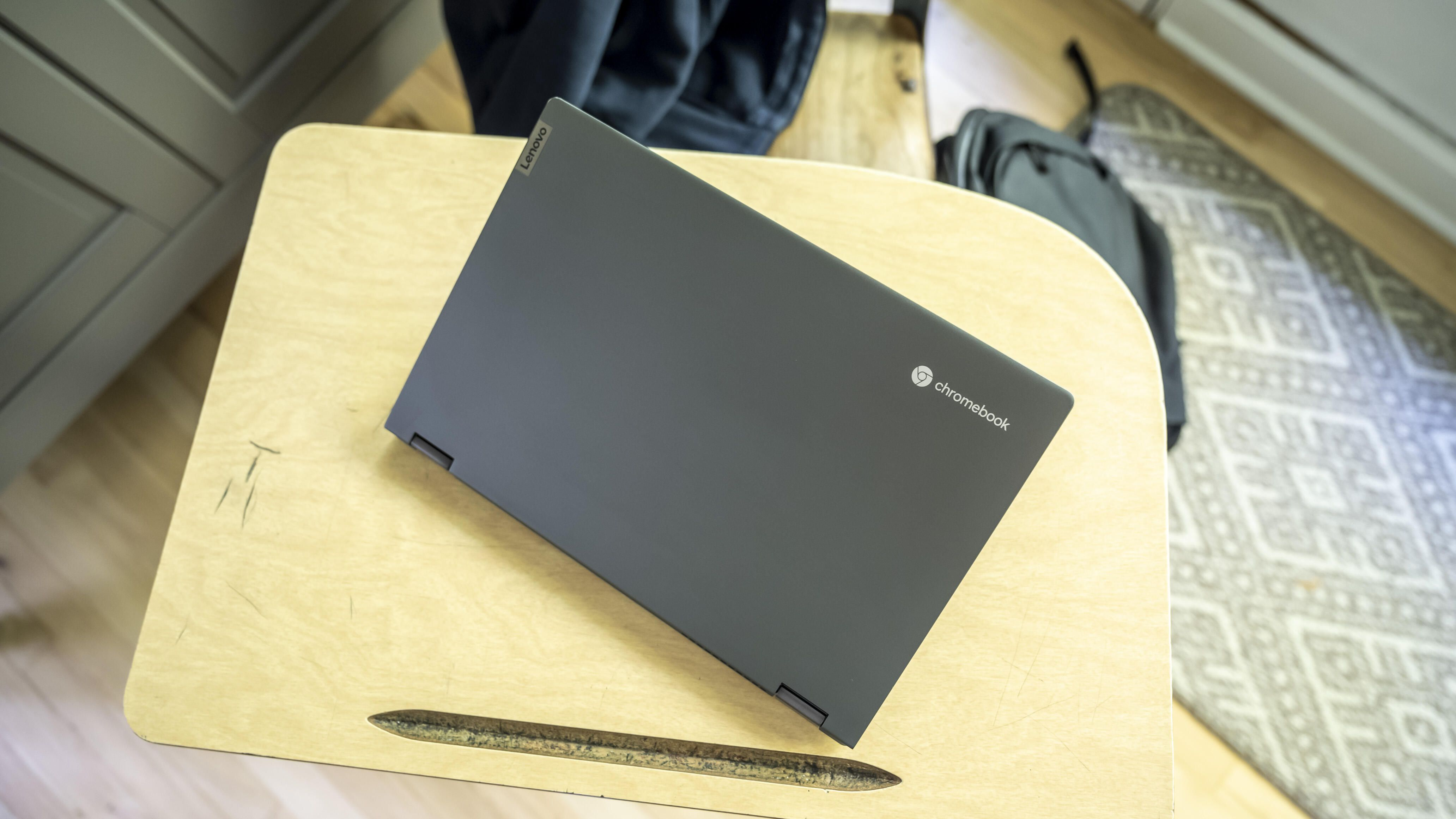 Lenovo-IdeaPad-Flex-5- chromebook-04