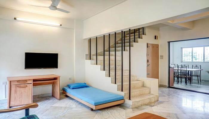 Home Moreshwar Eknath Sagvekar