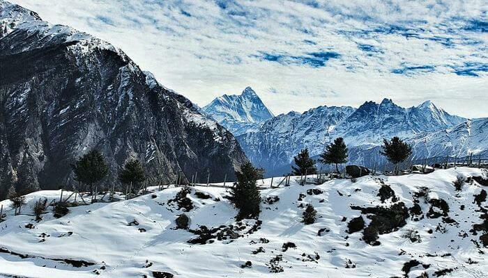 Auli - Places to visit in Uttarakhand