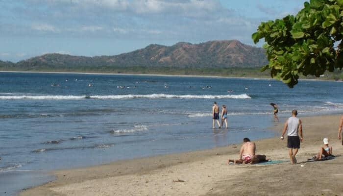 Beach hopping in this beach