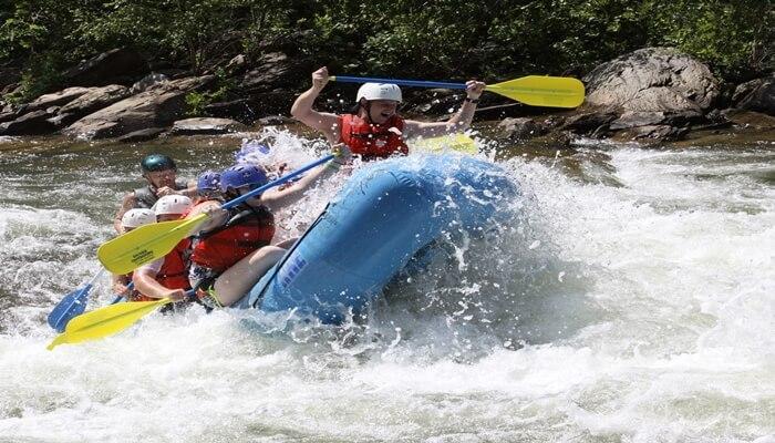 Iruvanjipuzha River Rafting