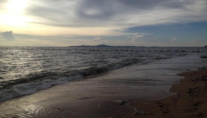 Jomtin beach