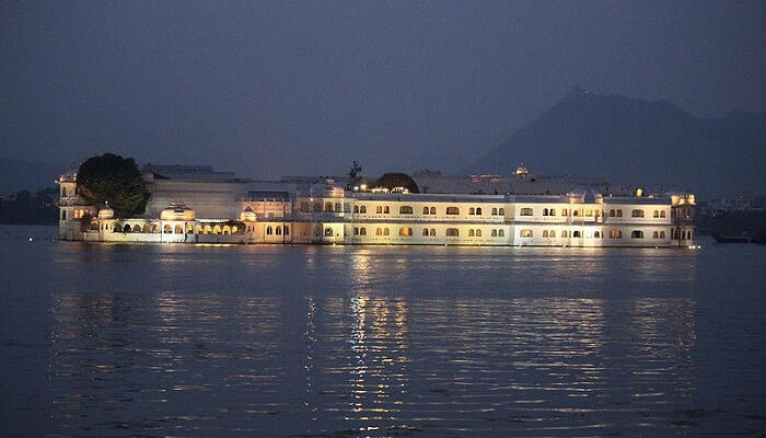 Lake Pichola - Best Places To Visit In Udaipur