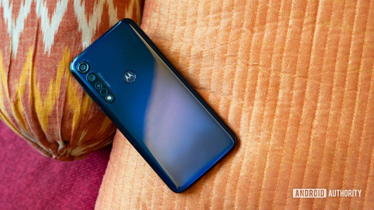 Moto G8 Plus profile show with tail course